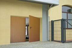WISNIOWSKI-bramy-rozwierne-double-leaf-doors-foto-bgr-05_mark