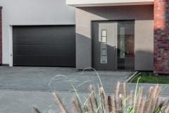 WISNIOWSKI-brama-segmentowa-UniPro-UniPro-garage-door-DCZ_3594_v3_mark